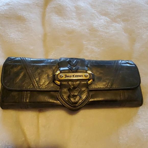 Juicy Couture Handbags - EUC Juicy couture wallet